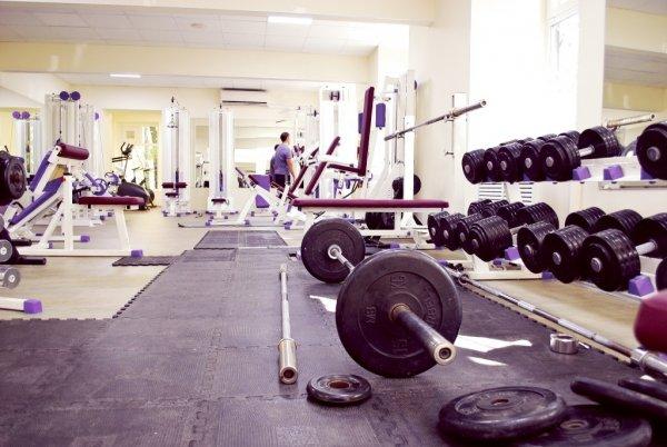 Фитнес клубы москва академическая сатья дас мужской клуб без соплей книга скачать