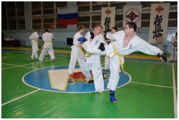 Фитнес клубы в ясенево в москве зажигалка клуб вакансии москва
