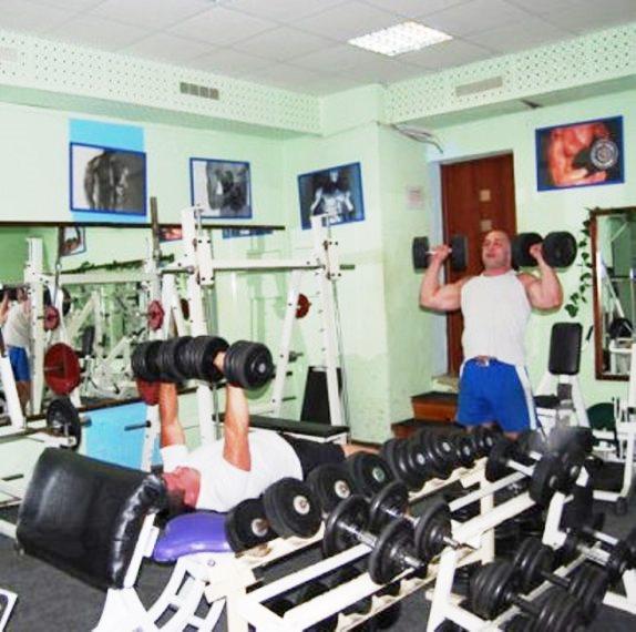 Фитнес клубы москвы на северо западе москвы твинс омск ночной клуб