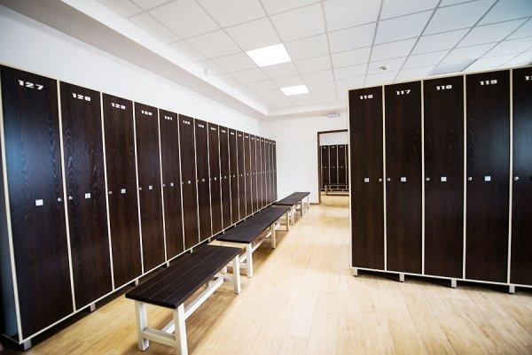 Фитнес клуб пресс центр раздевалка