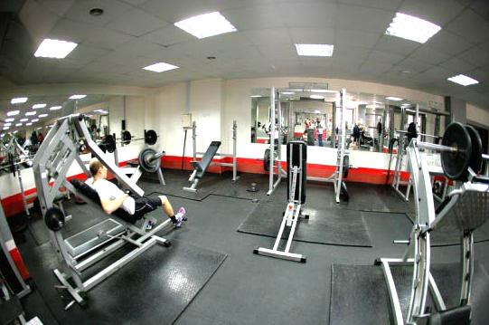 Фитнес клуб в москве империя фитнеса клубы москвы куда пускают